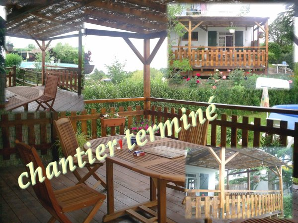 terrasse en bois sur pilotis en prolongement de balcon b ton chantier termin blog de. Black Bedroom Furniture Sets. Home Design Ideas