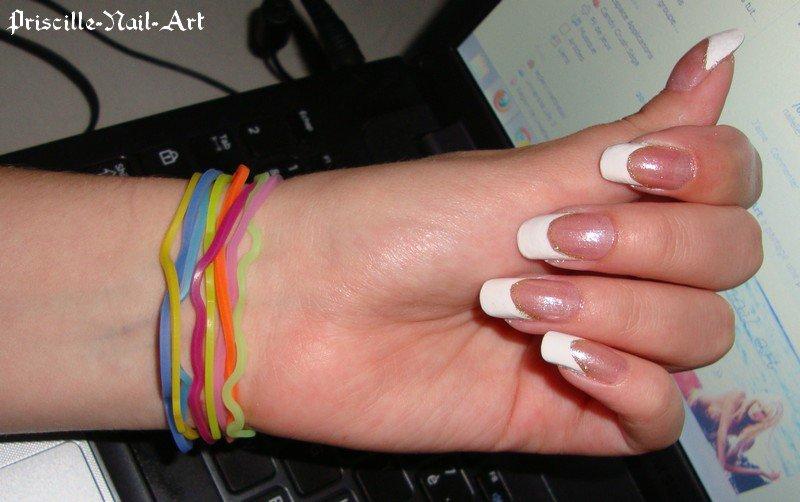 French Manucure aux ongles des mains  3172627735_2_3_TC3UlTf1